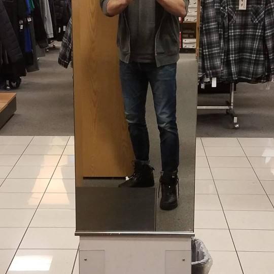 Do I dress effeminate?