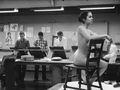 Would you ever volunteer to pose nude for a college, or vocational, art class?