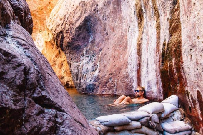 Do you want to take a hike through the White Rock Canyon to the Arizona Hot Springs?