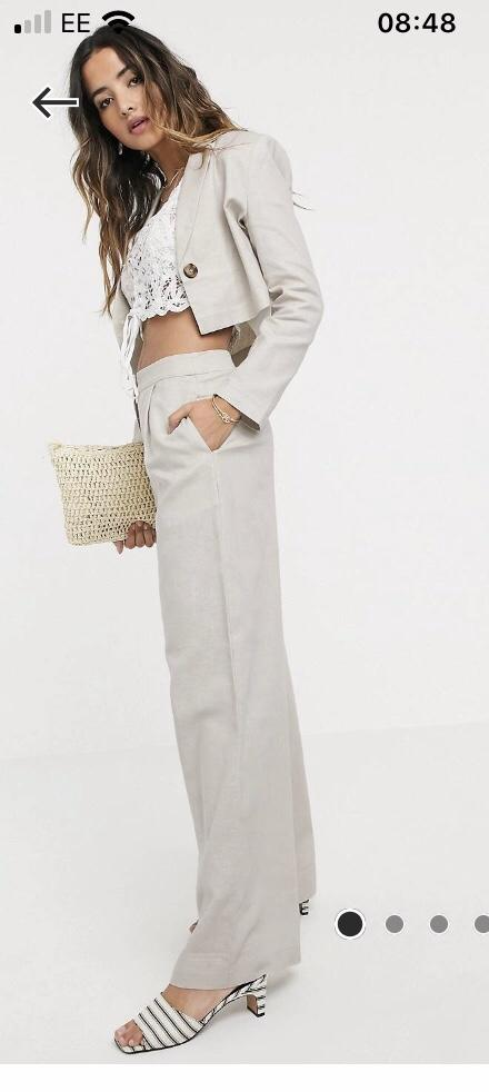 What do you think of this cute suit?