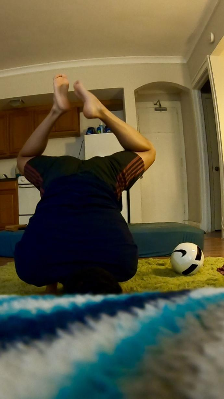 Do Men who Practice Yoga Look Feminine?
