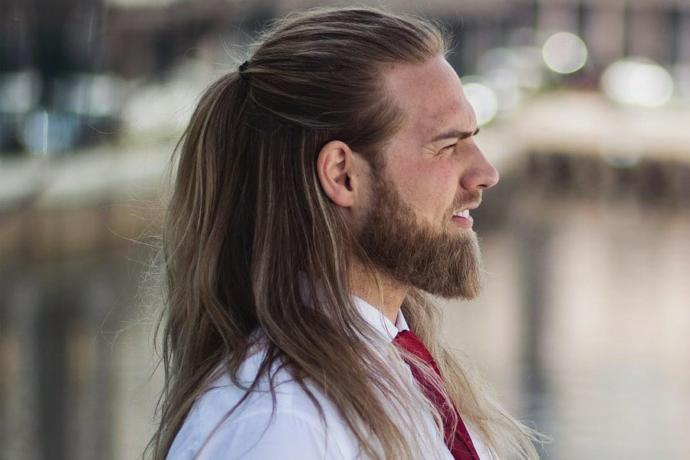 Do women find men with long hair and a big beards attractive?