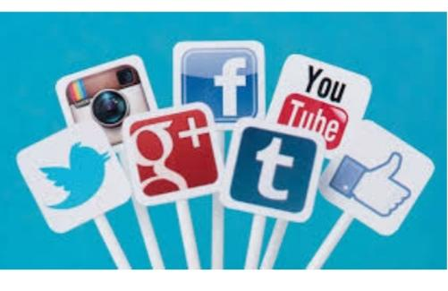 What family members you have as part of your social media contacs?