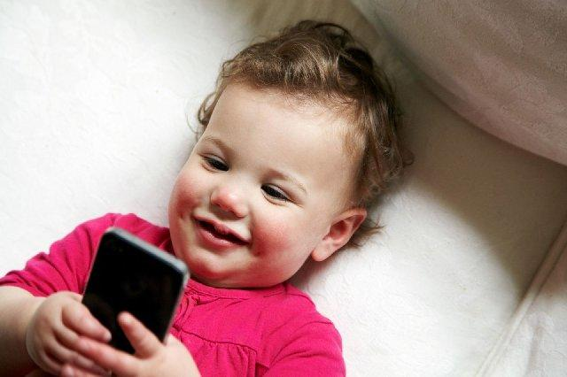 Do You Think Kids Internet Activity Should Be Monitored And Or Limited To How Much Time They Can Spend On Internet?