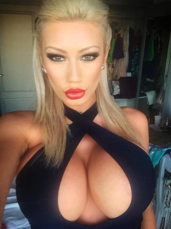 Do you guys like silicone breasted girls? Would your girlfriend have such a breast if she asked you to?