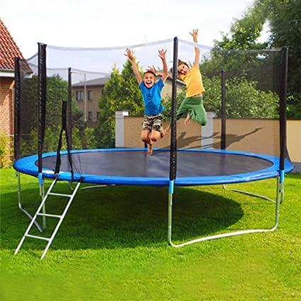 How many people can jump on a trampoline without it causing danger?