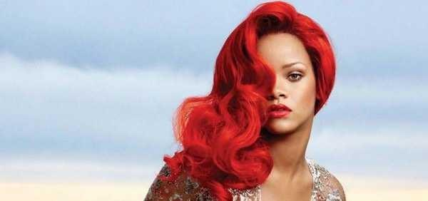What unnatural hair color is the most lustful on an entertainer?