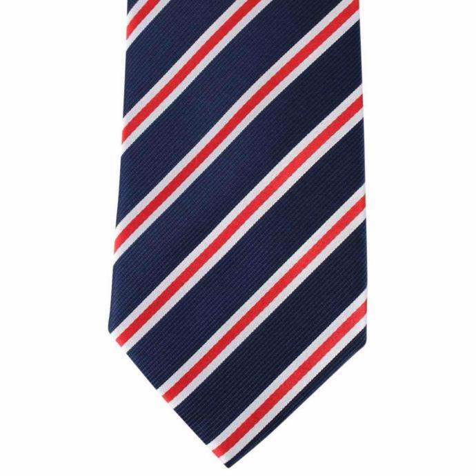 My tie looked exactly this lmao😂😂