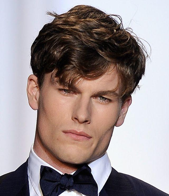 Guys, need guys help! how to get this haircut?