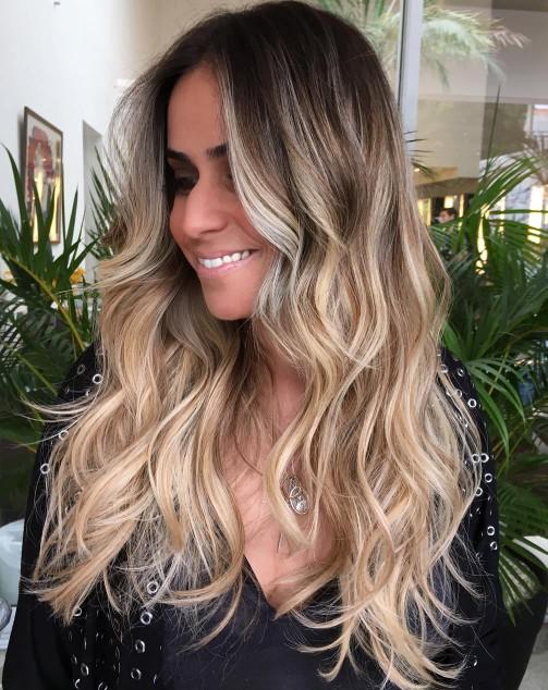 Waves VS Sleek Hair?