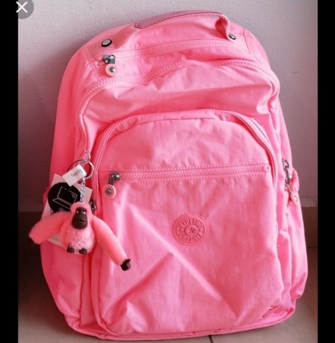 Is this a backpack for a 27 year old woman?
