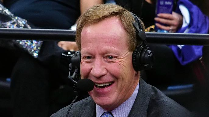 You cant make this up lol... Sacramento Kings play-by-play Grant Napear got fired for saying All lives matter... your opinions on the matter?
