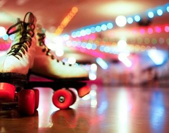 Have you ever been to a rollerskating rink? Can you skate?