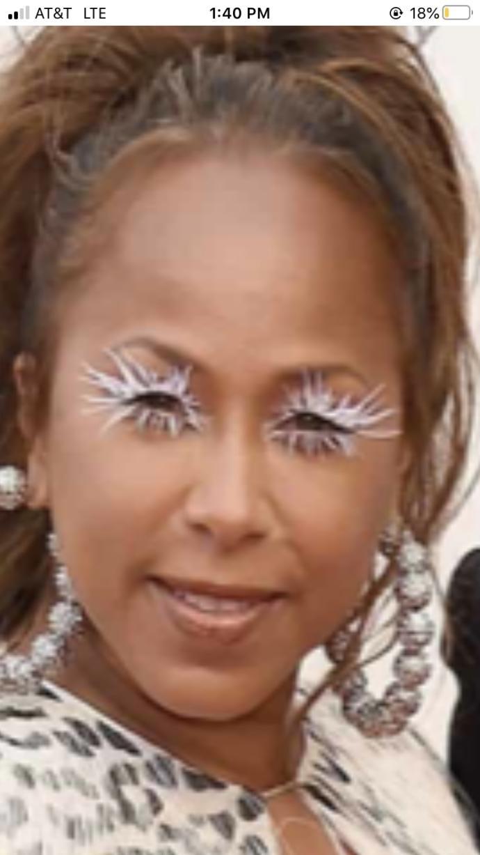 Do guys like fake eyelashes like these?