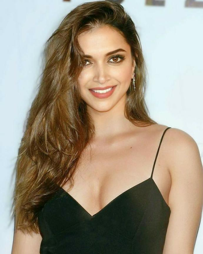 Which Indian actress do you find has the best looks?