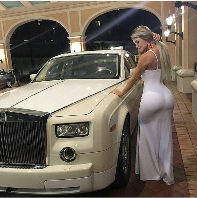 If you are from an extremely wealthy family, would you only date others from wealthy families?