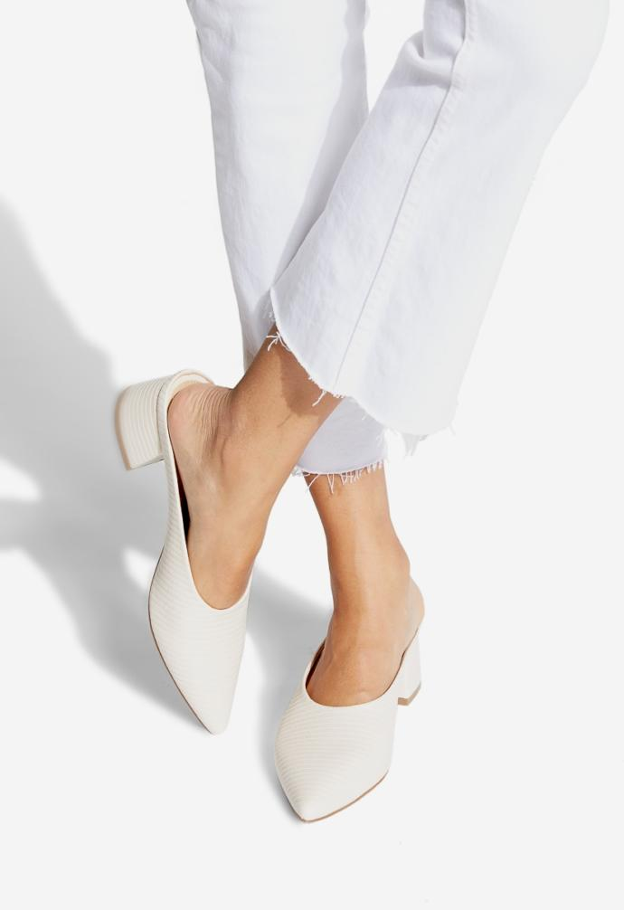 Are these shoes cute? which do y'all like the best?
