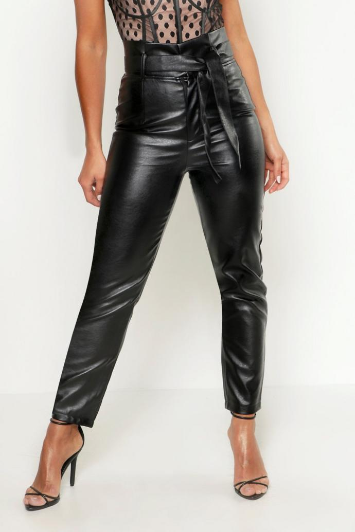 Baggy trousers? Which material/look is nicer?