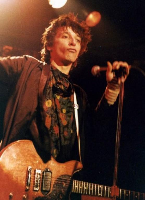 Why was Johnny thunders into drugs in the first place?