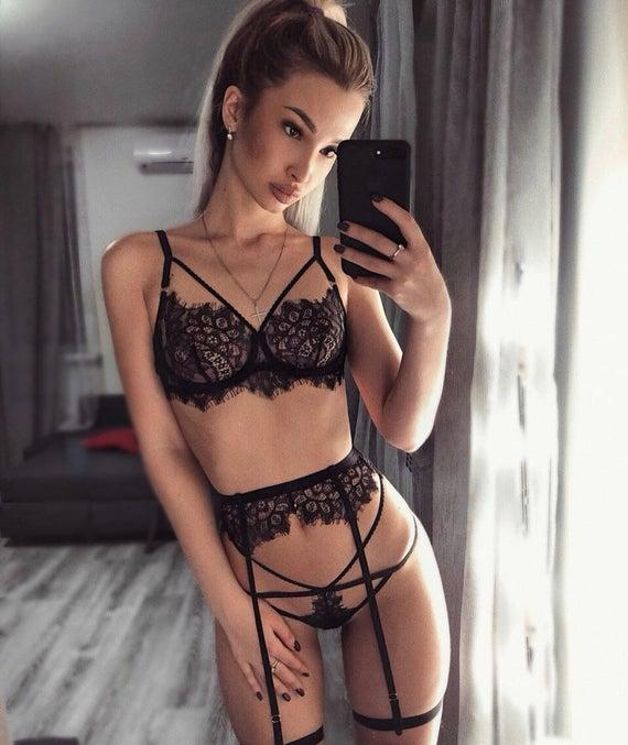 Lingerie party? which one should I purchase? (Want to look as sexy as possible?