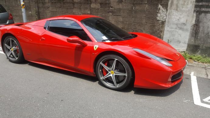 Is here anyone who regret to buy Ferrari 458?