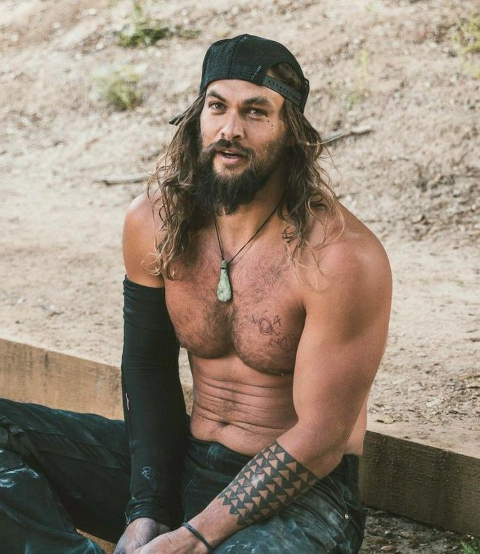Girls, would you rather have sex with Dave Franco (56) or Jason Momoa (64)?