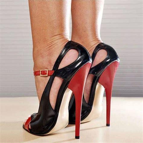 Whats the size of the highest heels that you have right now (platform doesnt count)?