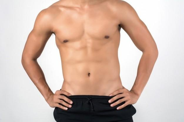 Do women typically ask for, or want to see a shirtless photo, before deciding to hook up?
