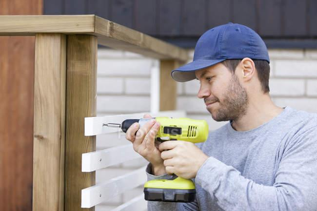 Girls, Does a guy being handy make him more attractive?