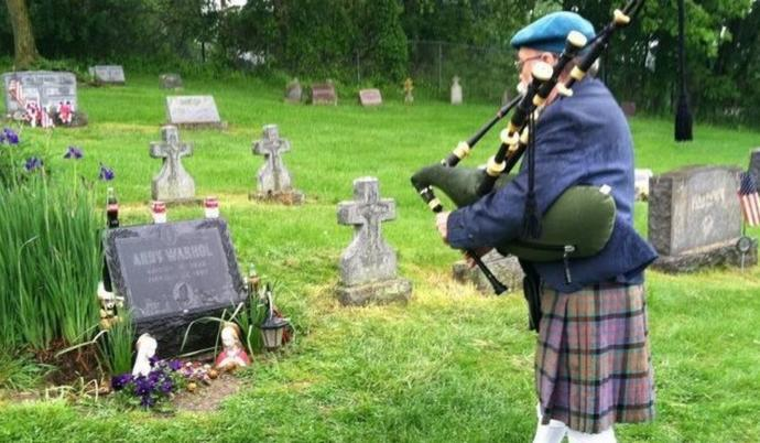 Does your family use bagpipes at funerals (for people who were NOT police, military, firefighters, etc)?