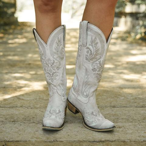 Which wedding boots looks better?