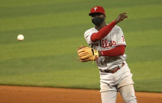 Although it isnt required on the baseball field, is it better that Major League Baseball players wear masks or not wear them?