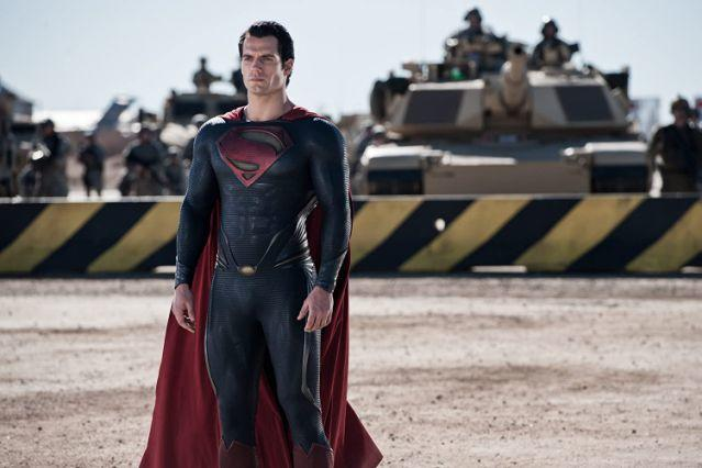 Should men be able to behave around women the way women behave around Henry Cavill?