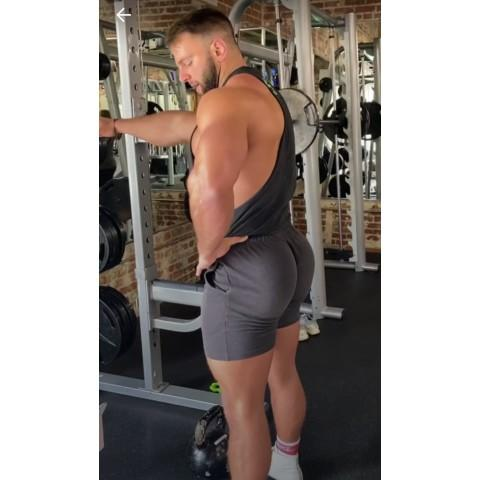Girls, would you date a guy that has a better booty than you?