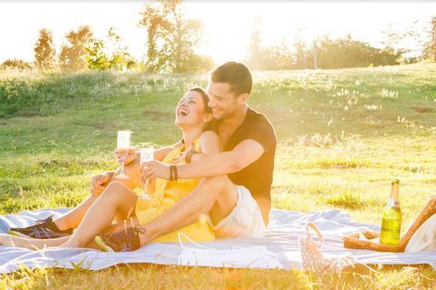 Why is it women enjoy classic romantic dates more than men?