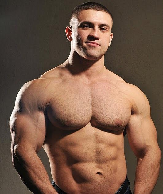 Who have more attractive bodies - fighters or bodybuilders?