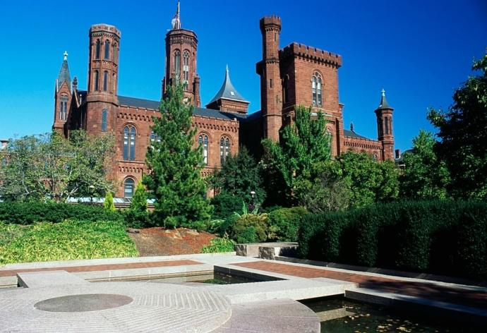 Have you ever been inside the Smithsonian Museum and do you think the museum accurately portrays American history?