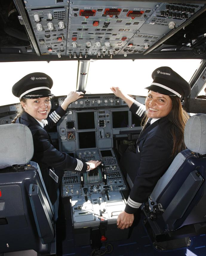 Do you feel uncomfortable with a female flight crew?