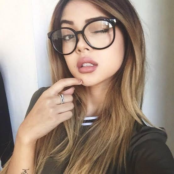 Do you like women in glasses?