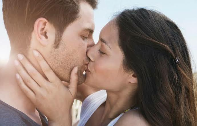 Girls, Do you or Would you kiss a guy on the first date?