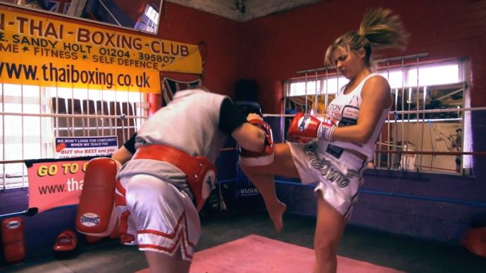 Are guys attracted to tough women who do Muay Thai?