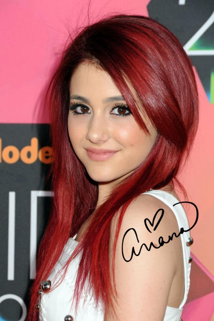 Which Ariana Grande is better-looking?