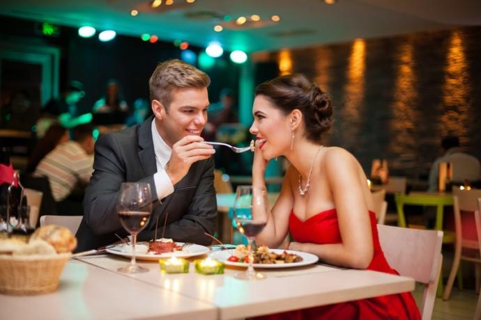 Girls, have you ever accepted a date just to get a free meal at a nice restaurant?
