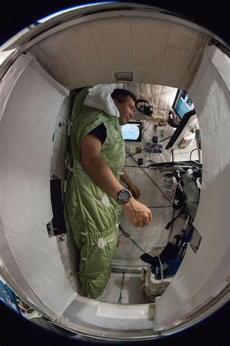 Do you think its more comfortable to sleep in Space in a weightless environment?
