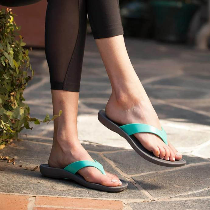 What's the coldest temperature for wearing flip flops outside?