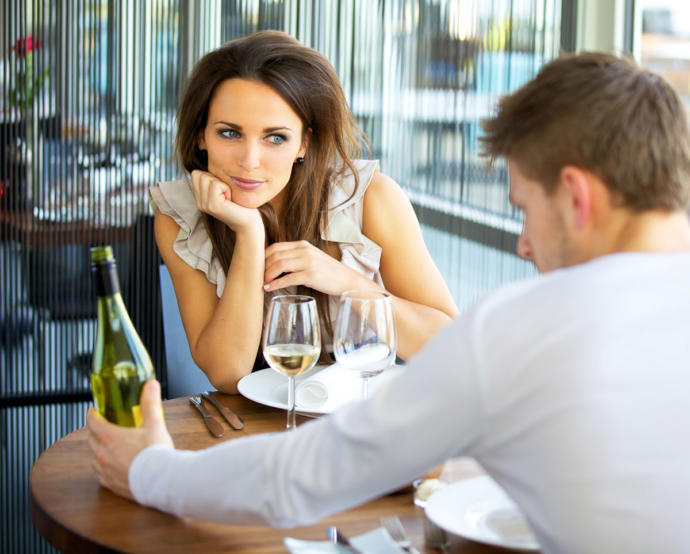 If a woman allows the guy to pay on the first date does this mean she likes him and wants a second date?