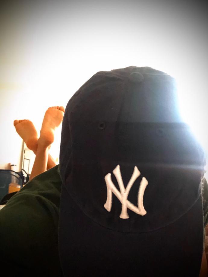 Are baseball caps fashionable?