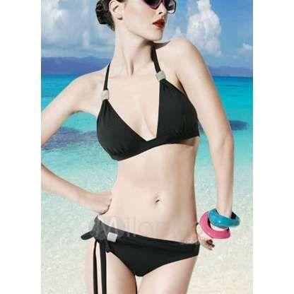Which color of bikinis could suit pale skin (and light hair) the most?