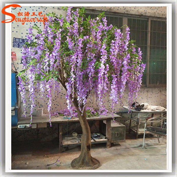 What do you think of this artificial tree?