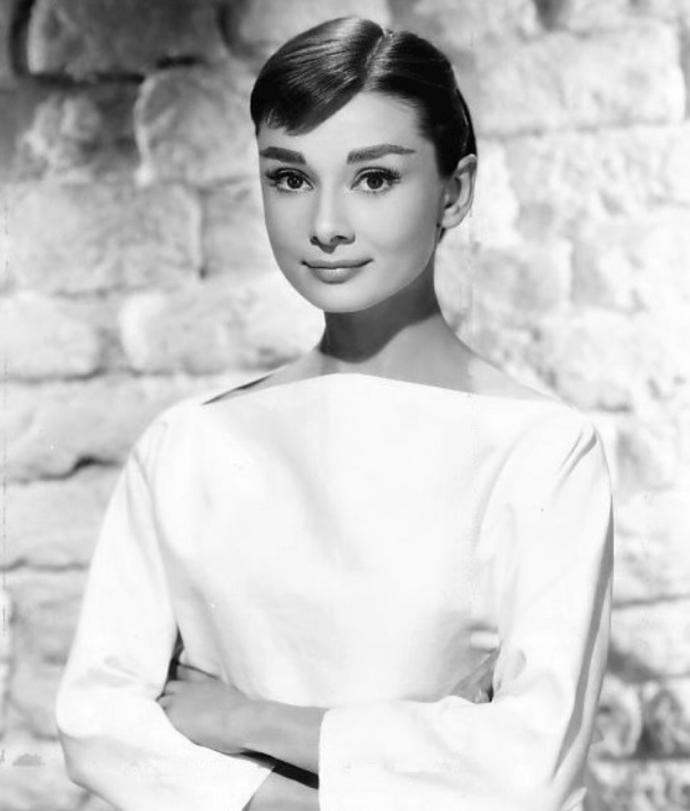 Who do you think is prettier, Grace Kelly or Audrey Hepburn?